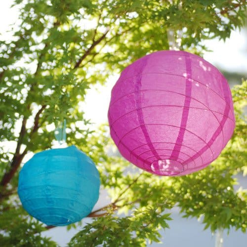 For a unique and colorful twist, add an Oriental flair to your outdoor birthday party.
