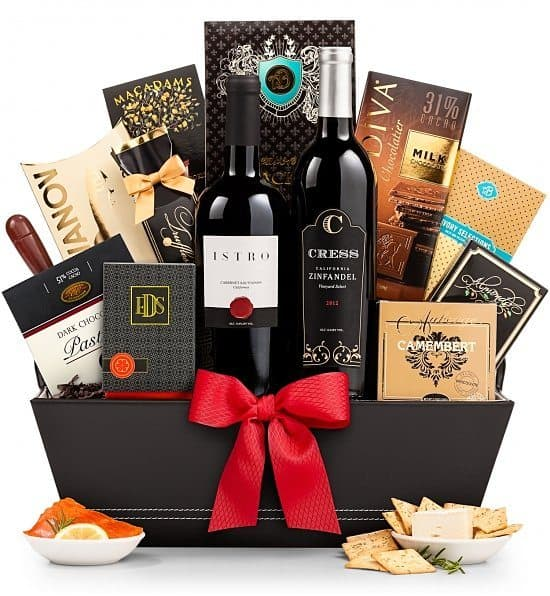 Gift Baskets for Dad - Impress your father with an elegant wine gift basket!
