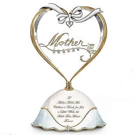 Looking for a meaningful gift for Mom?  She'll love this gorgeous heart-shaped music box that's personalized with her kids' birthstones.