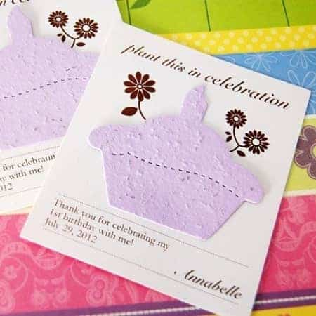 Unique Birthday Party Favors - How cute is this plantable birthday seed card favor? I love giving favors that are fun AND useful!